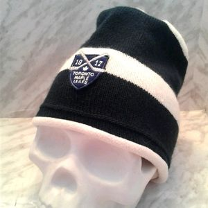 Toronto Maple Leafs Hockey roots hat toque Beanie